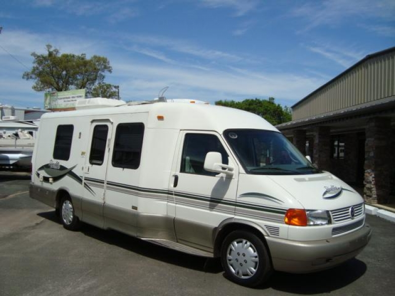 2002 winnebago rialta 22fd free rv classifieds used rvs rv classes motorhomes travel. Black Bedroom Furniture Sets. Home Design Ideas